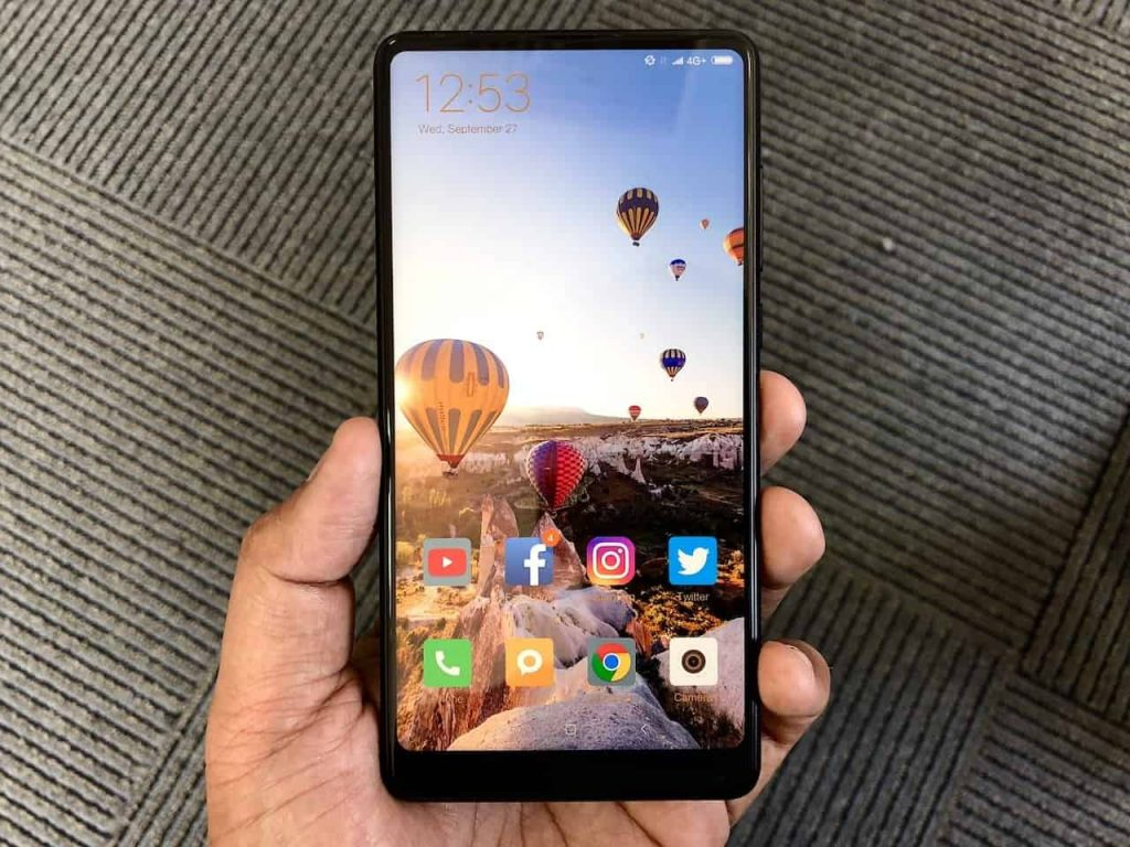 Top 5 smartphones expected to launch at MWC 2018 - 5