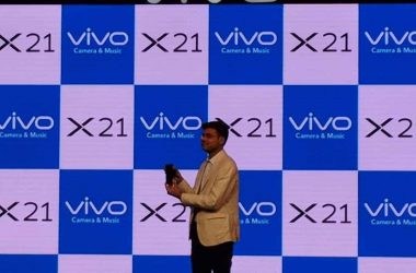 Vivo X21 With In-Display Fingerprint Scanner Launched In India - 8