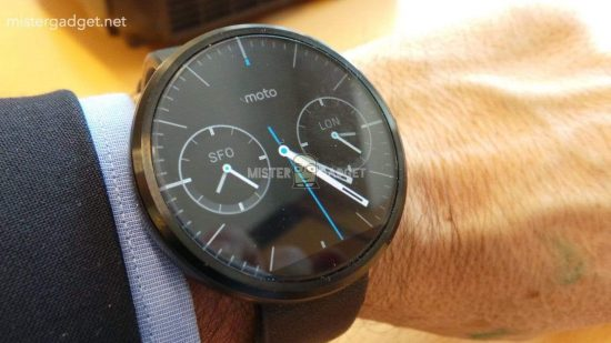 Moto 360 smartwatch pictures leaked, confirming wireless charging - 1