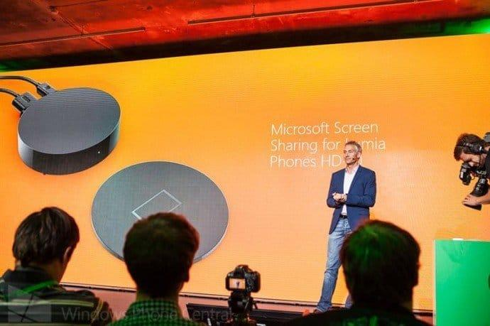 morelumia-ifa2014-wireless-charging-accessory