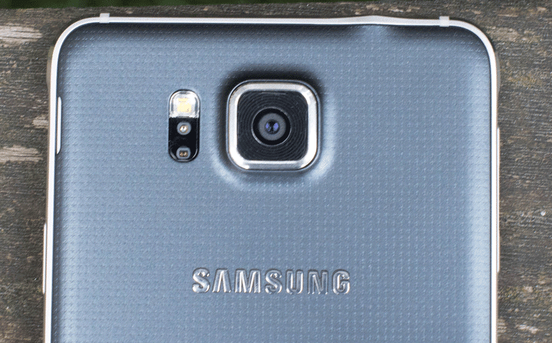 samsung_galaxy_alpha_rear_camera