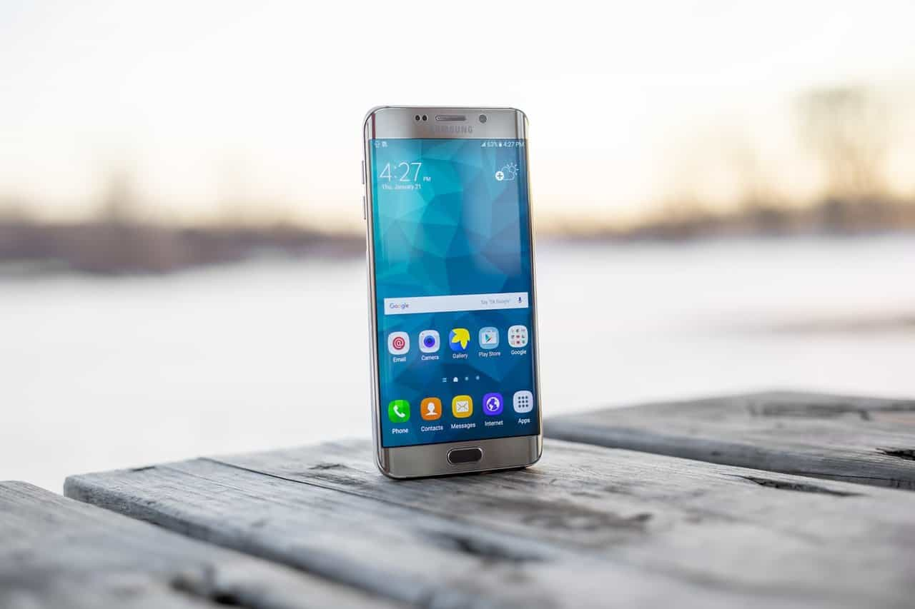 Top 5 reasons why Samsung smartphones actually suck [Updated - 2020] - 3