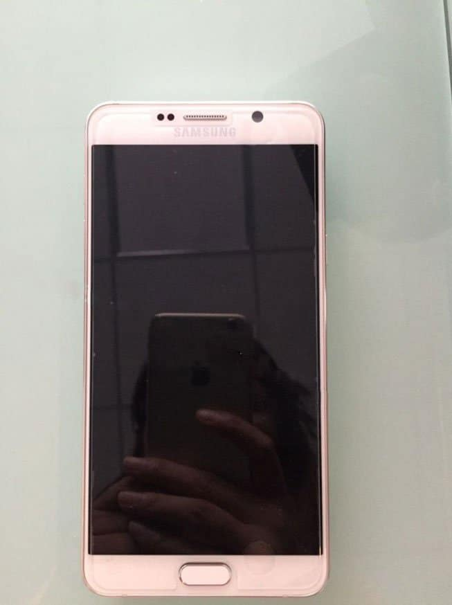 Samsung Galaxy Note 5 & S6 Edge+ live images leaked: Shot with iPhone 6 :p - 5