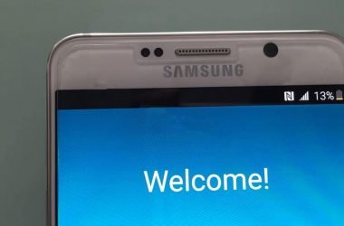 Samsung Galaxy Note 5 & S6 Edge+ live images leaked: Shot with iPhone 6 :p - 2