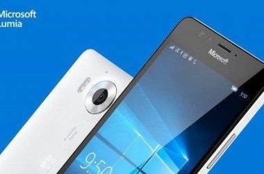 2 Smartphones with mere Change in Price & Specs: What's the Strategy? - 2