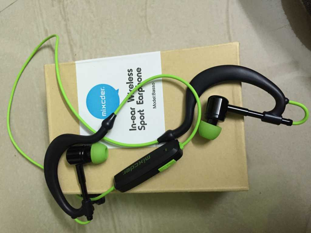 Mixcder-inear-bluetooth-headphones-on-the-box