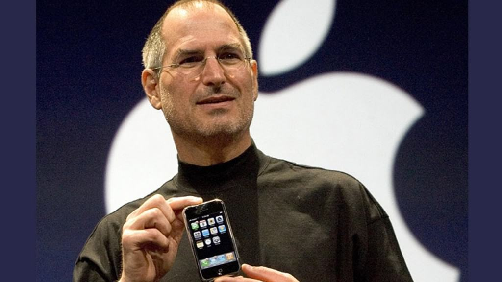 Rise & Fall of Nokia - Reasons -1 - Apple first iPhone launched in 2007 by Steve Jobs