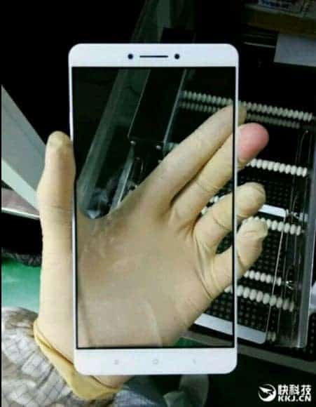 Xiaomi Max: Front panel leaked images- Beast sized panel - 1