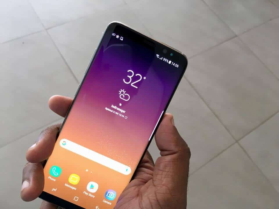 Are Future Smartphones Truly Bezel-less? - 4