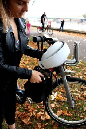 Plico - A Foldable Commuter Bike Helmet That fits Right in your Bag! - 5