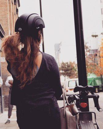 Plico - A Foldable Commuter Bike Helmet That fits Right in your Bag! - 6