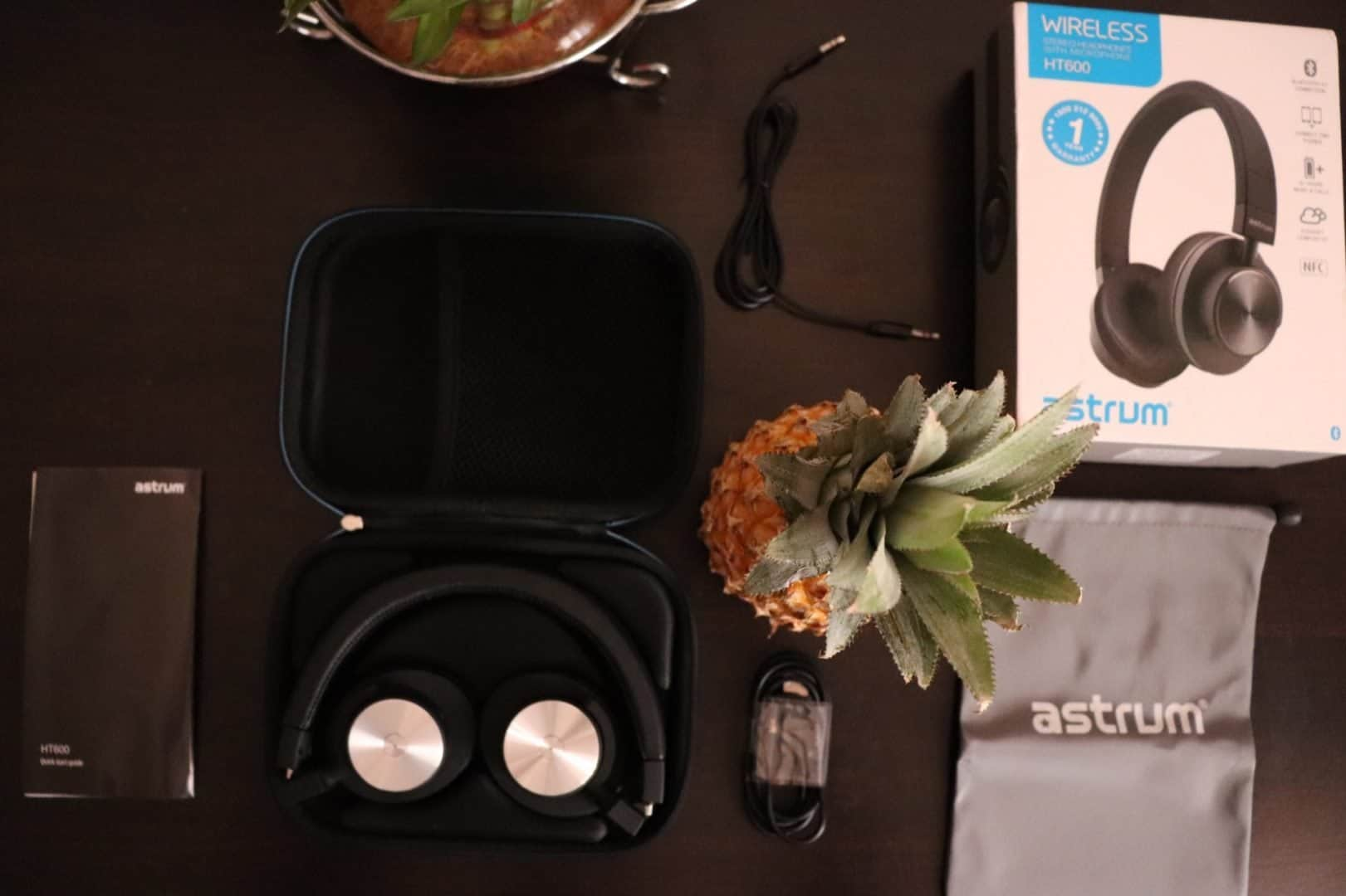 Astrum HT600 Wireless Stereo Headphones Review - The Minimalistic Headphone which you can carry around! - 2