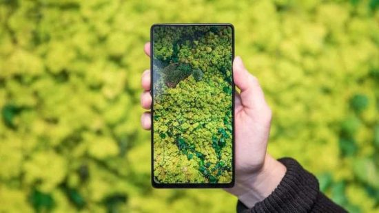 Vivo Revealed the Apex Concept Phone With True Bezel-Less Display, Pop-Up Selfie Camera and More! But Does it make it an Innovative Company? - 1