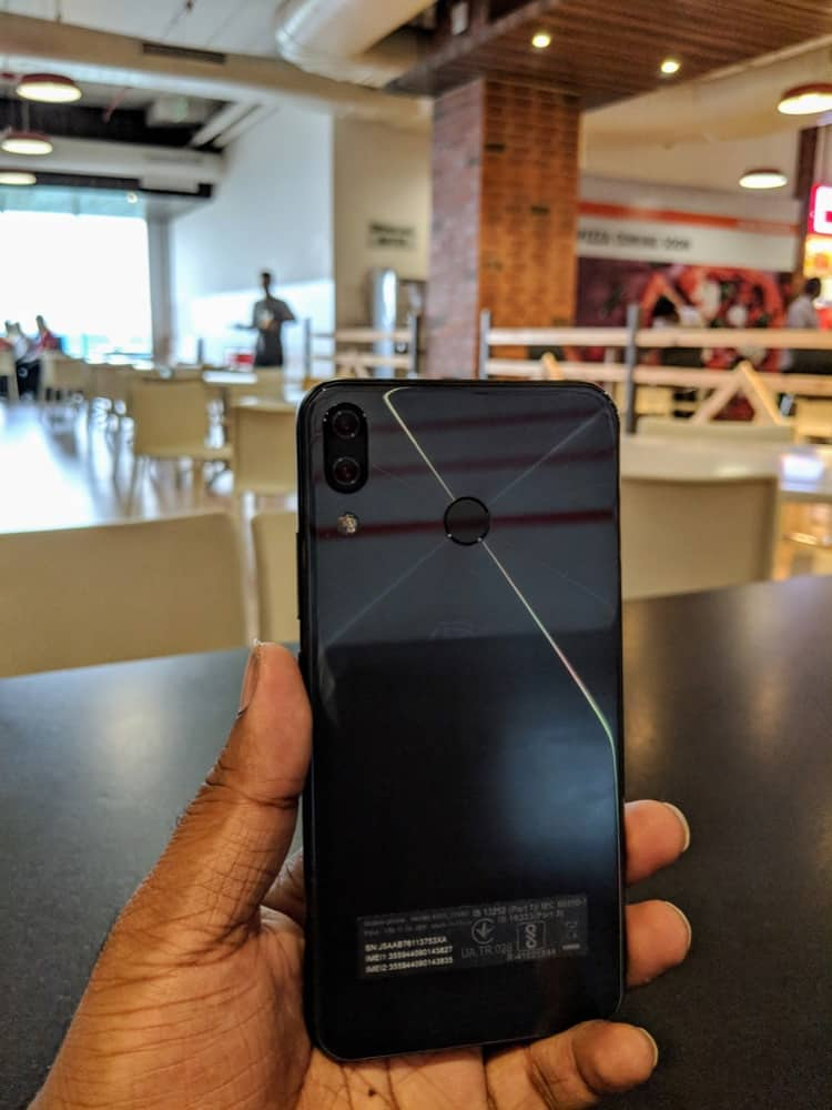 Zenfone 5z Hands-On & First Impressions - 3