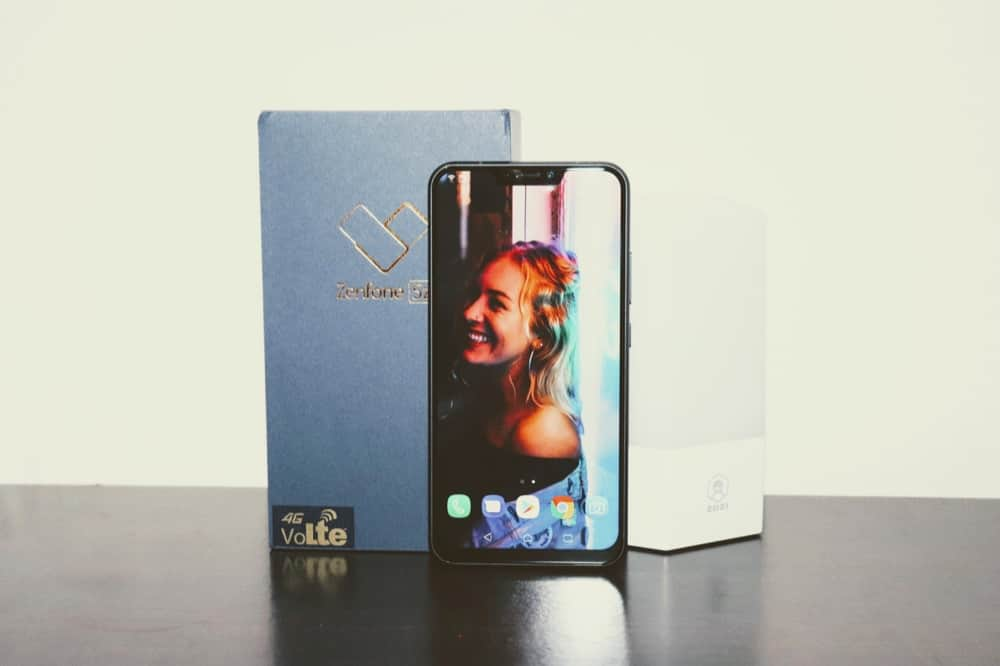 Why Zenfone 5 could be a BIG HIT compared to Zenfone 5z? - 3