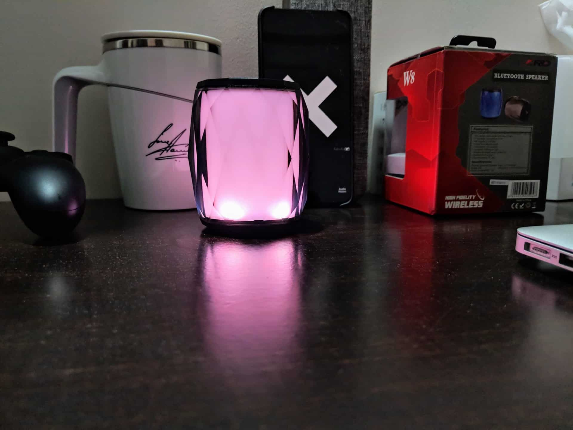 F&D W8 Portable Bluetooth Speaker Review - 10