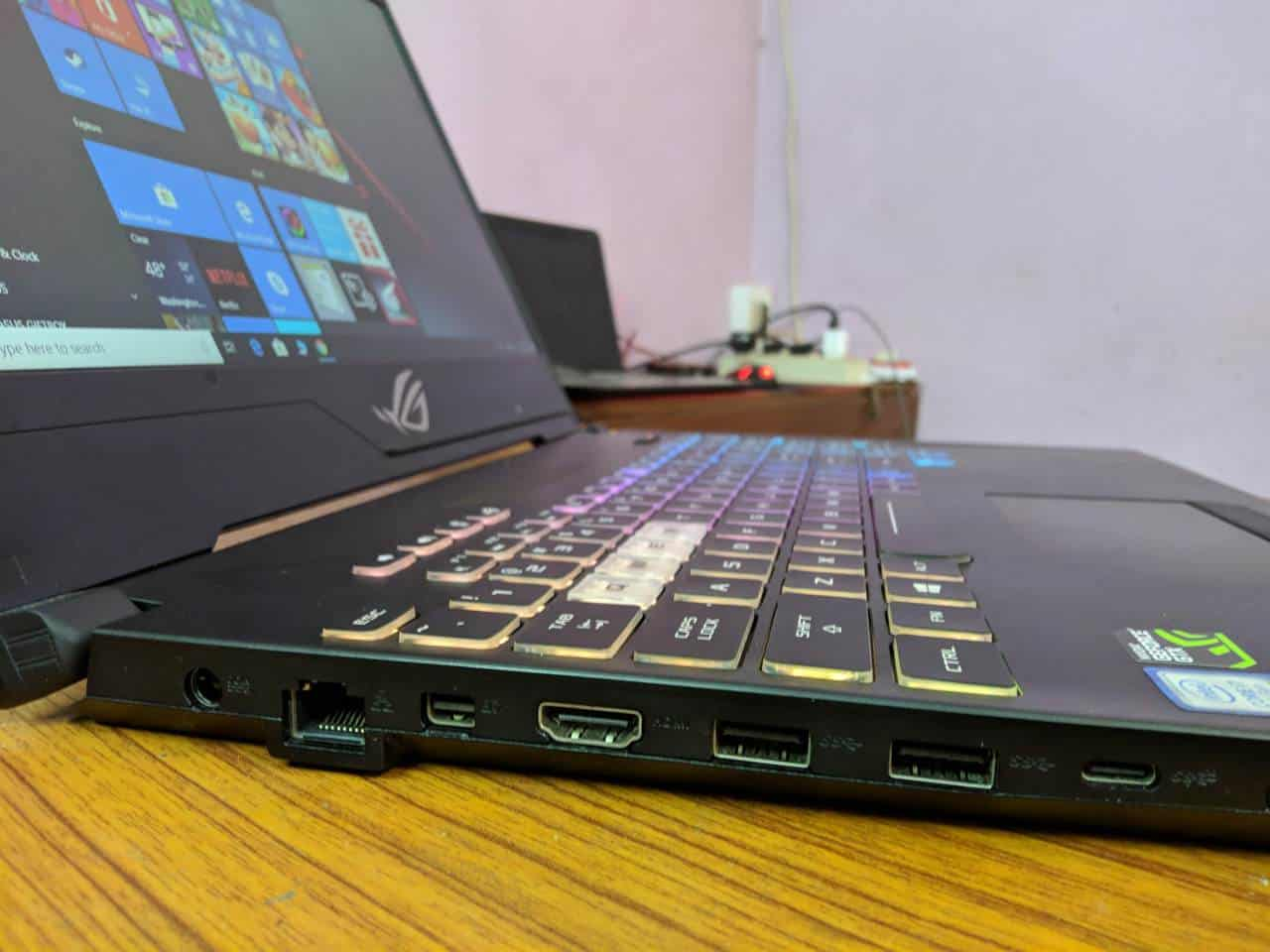 Asus ROG Strix Hero II: Ideal gaming laptop while on the move? - 6