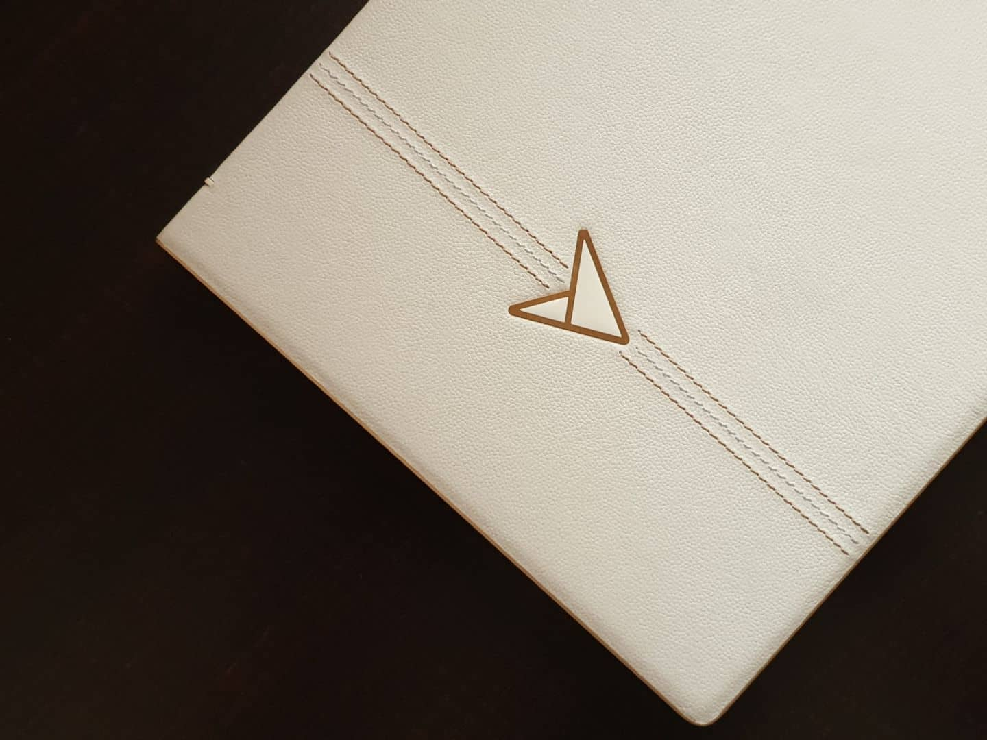 ASUS Zenbook Edition 30 UX334FL Review - Luxury at its Finest! - 3
