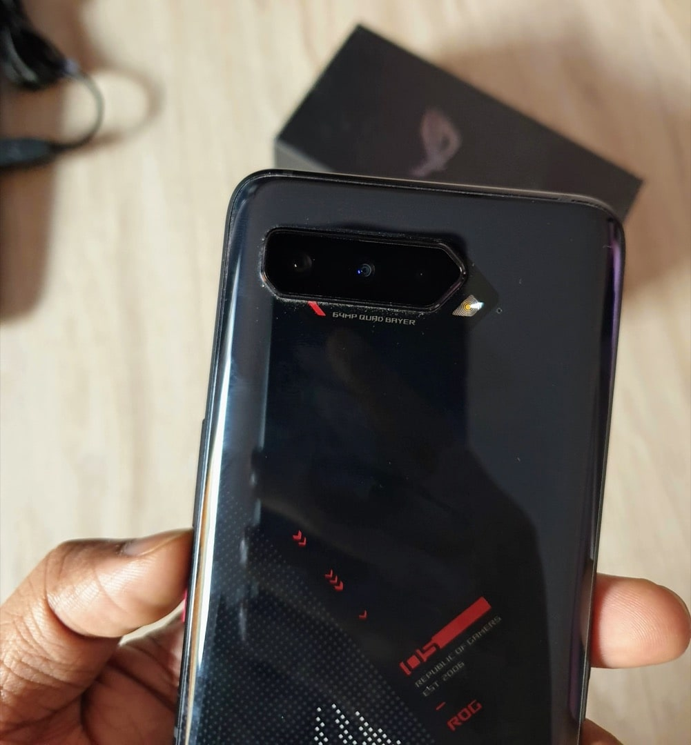 ROG Phone 5 Review - Not just a Gaming Phone! - 4